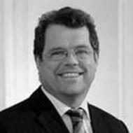 Dr. Tobias Stauder